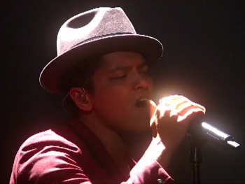 Bruno Mars performed