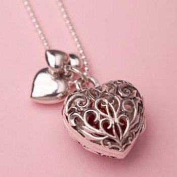 top 10 valentine s gifts for your girlfriend gift ideas