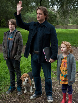 Colin Ford, Matt Damon and Maggie Jones in We Bought A Zoo