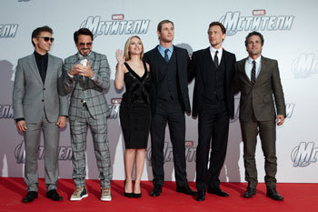 The Avenger Cast on the red carpet in Moscow