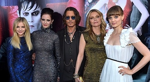 Chloe, Eva, Johnny, Michelle and Bella at the premiere