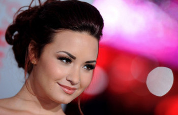 Demi Lovato at the 2012 People's Choice Awards