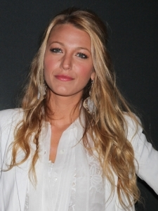 Blake Lively's beachy waves