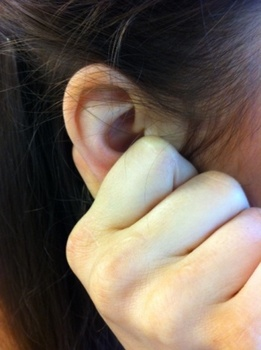The Ear-rubbing Method