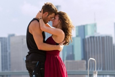Sean (Ryan Guzman) and Emily (Kathryn) Get their flirt on
