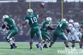 NCAA Football 13 quarterback