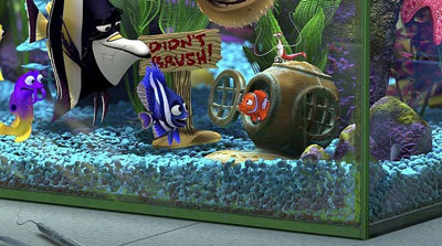 Finding nemo 3 d movie review for Nemo fish tank
