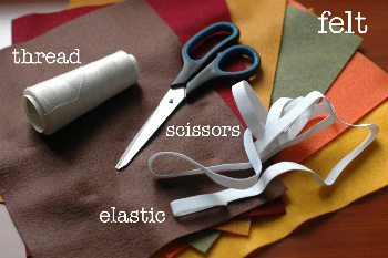 Thread, Scissors, Felt and Elastic to Make Your Headband