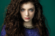 Top 5 Reasons We Love Lorde & Bio