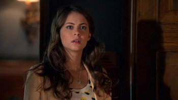 Willa as younger sister Thea Queen in 'Arrow'