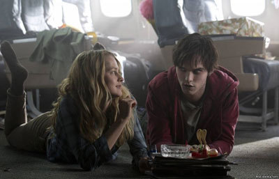 Nick as R on his plane with Julie (Teresa Palmer)