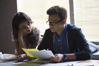 Sarah Hyland as Claire with Chris as Carson
