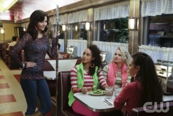The Carrie Diaries: Season 1, Episode 5 :: Dangerous Territory
