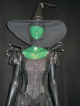 Closer on wicked Witch costume