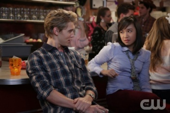 The Carrie Diaries: Season 1, Episode 4 :: Fright Night