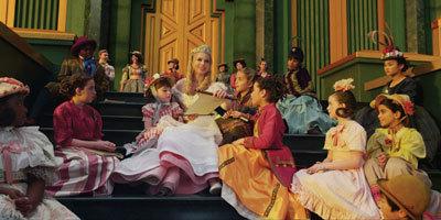 Glinda (Michelle) talks to her people