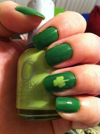 Simple green on green shamrock nail art