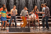 Glee: Season 4, Episode 20 :: Lights Out