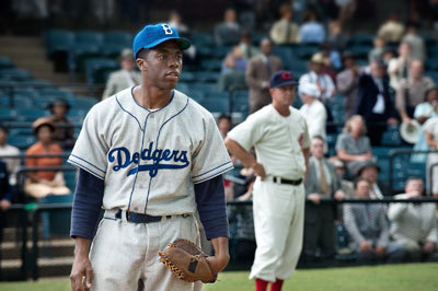 Jackie (Chad Boseman) on the field