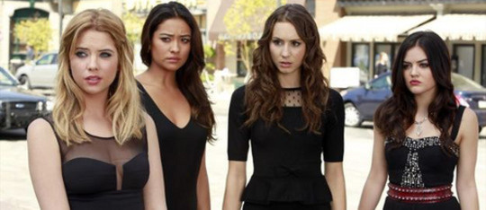 Pretty Little Liars: Season 4, Episode 1:: 'A' is for A-L-I-V-E