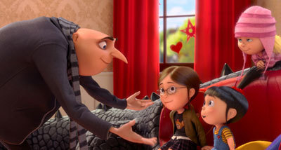 Gru talks to Margo and her sisters