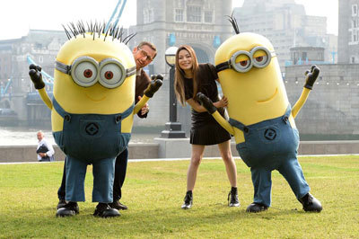 Steve Carrell and Miranda with Minions in London