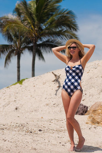 We love Kirsten Dunst's retro swimsuit style!