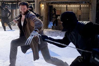 Wolerine fights Ninjas