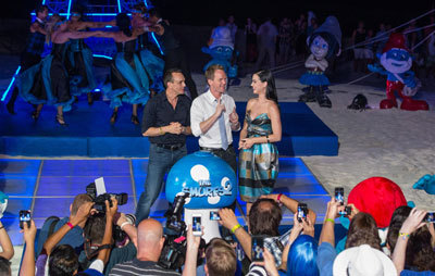 Hank Azaria (Gargamel), Neil Patrick Harris and Katy Perry at Smurf event