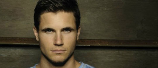 Feature robbie amell feat