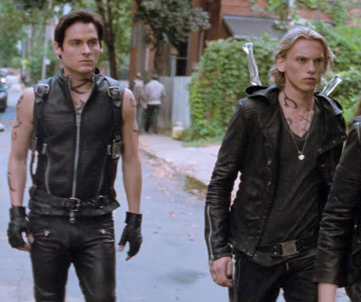 Alec (Kevin) with Jace (Jamie) and Shadowhunter crew