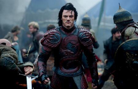 Vlad (Luke Evans) in full Dragon armor