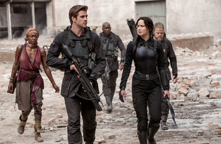 Katniss and Gale on a mission