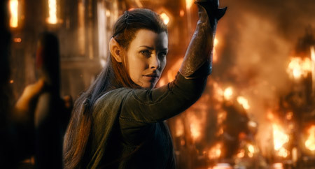 Tauriel in the flames of battle