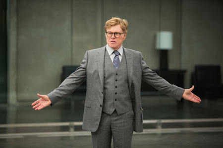 Alexander Pierce (Robert Redford) wants the flash drive