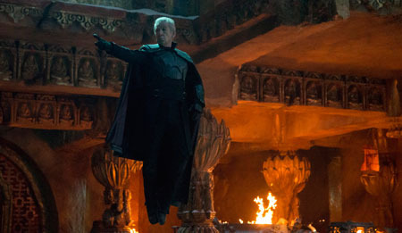 Ian McKellen returns as Magneto