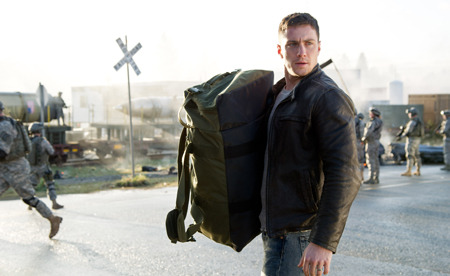 Ford Brody (Aaron Taylor Johnson) arrives for duty