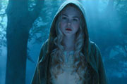 Elle Fanning: Sleeping Beauty