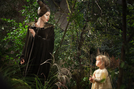 Maleficent meets the young Aurora