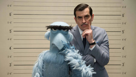 Inspector Napoleon (Ty Burrell) and Sam Eagle