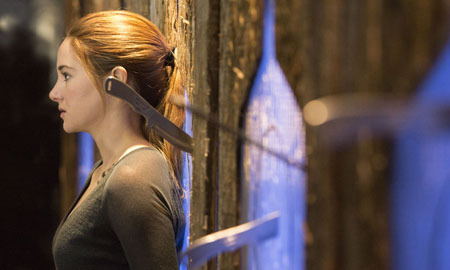 Tris in Dauntless training