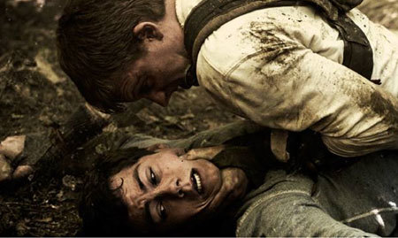 Thomas (Dylan O'Brien) and Gally (Will Poulter) wrestle