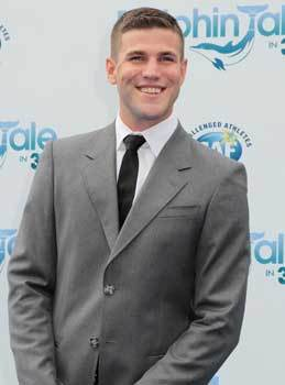 Austin Stowell at the L.A. Premiere of Dolphin Tale 2