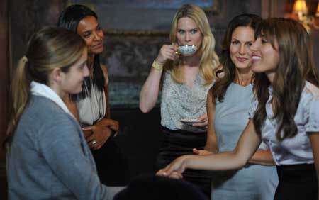 Beckett (Sophia Curtis) meets the evil book club ladies