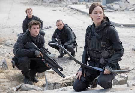 Katniss, Finnick, Messalla and Gale regroup