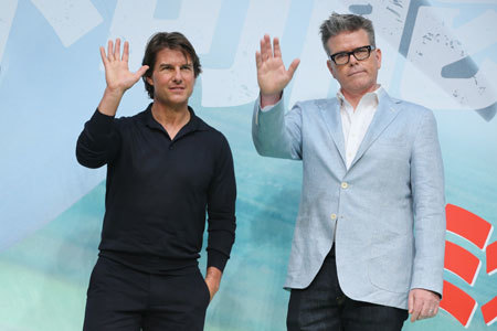 Tom Cruise and Chris McQuarrie at Tokyo premiere