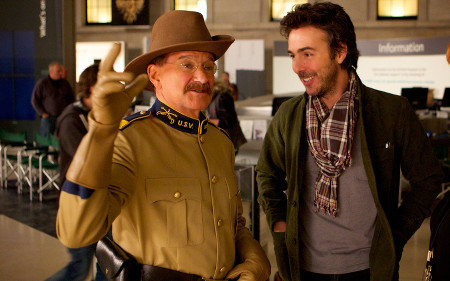 Director Shawn Levy with Robin Williams