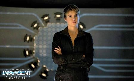 Tris faces Jeanine's torture device