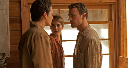 Four tells Peter (Miles Teller) and Tris they must run