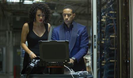 Hacker Ramsey and Tej (Ludacris) in hacking mode